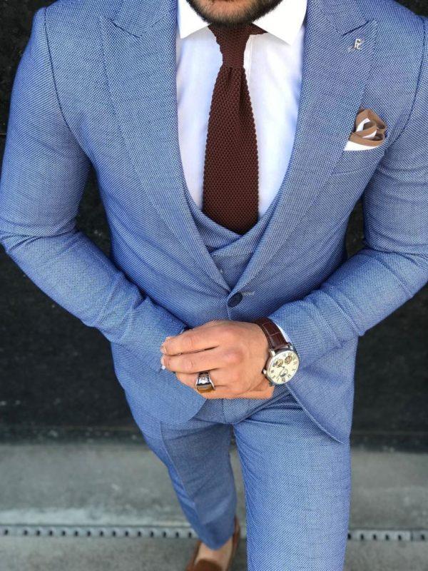 costume bleu alberto avec cravate bordeaux